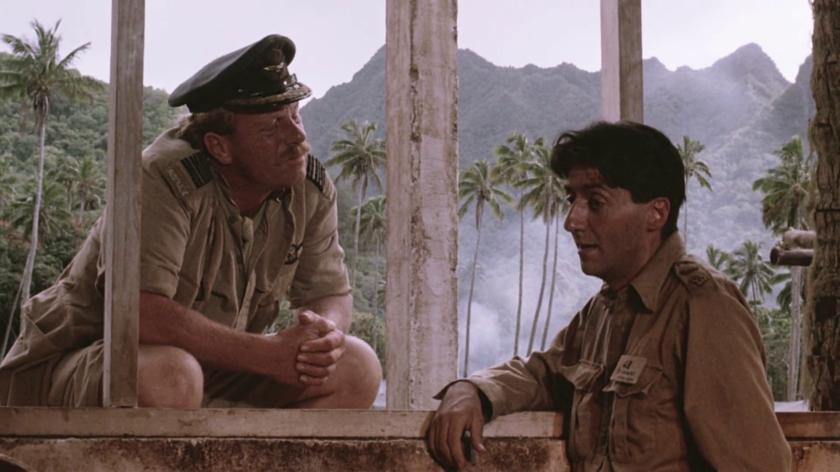 El capitán Hicksley y el Coronel Lawrence